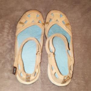 Jambu Shoes - GUC jambu nude mary janes size 8.5